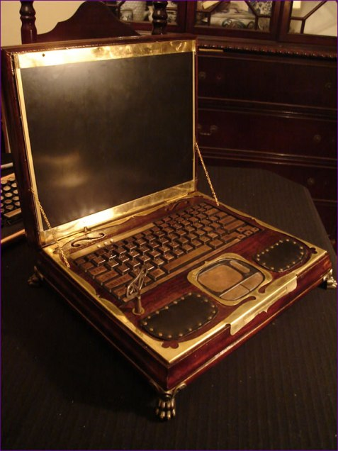 steampunk-laptop